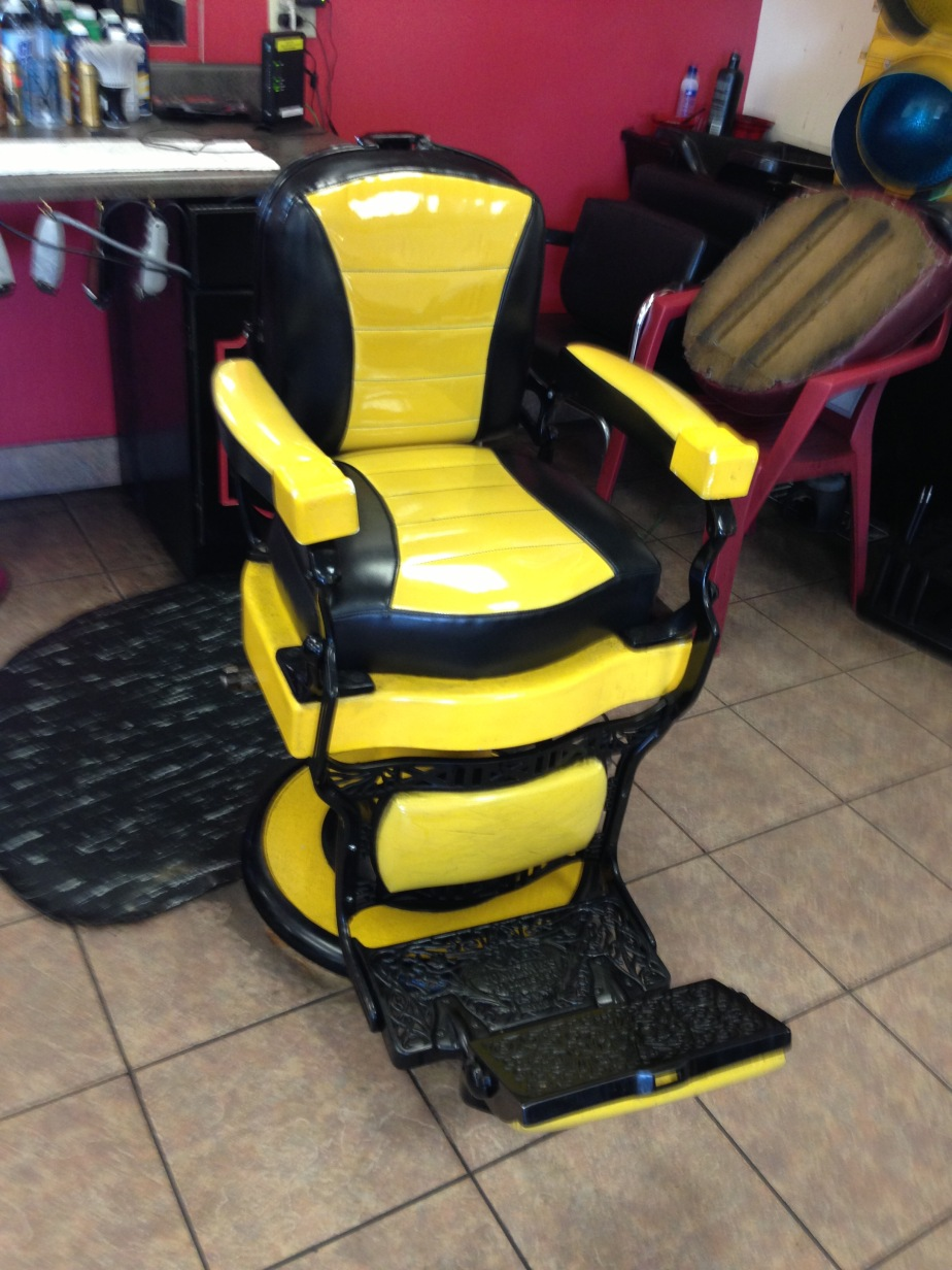 Barber throne